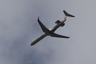 EC-LOV Air Nostrum (Iberia Regional)  Canadair CL-600-2E25 Regional Jet CRJ-1000  Glasgow Airport 24/08/2014