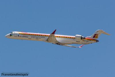 EC-LJS Air Nostrum (Iberia Regional)  Canadair CL-600-2E25 Regional Jet CRJ-1000  Glasgow Airport 27/06/2015