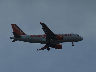 An Airbus A319-111 (G-EZEF) on approach to Glasgow Airport. It was withdrawn in September 2012.