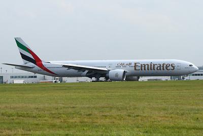 A6-EBY Emirates Airways Boeing 777-36N(ER) Glasgow Airport 03/09/2014