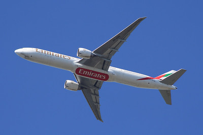 A6-EBG Emirates Airways Boeing 777-36N(ER) Glasgow Airport 18/04/2014