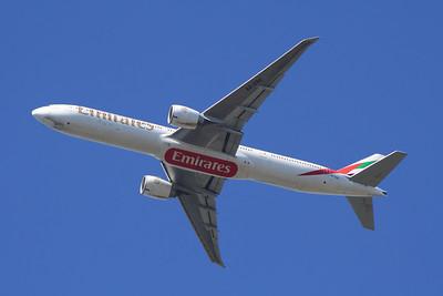 A6-EBG Emirates Airways Boeing 777-36N(ER) Glasgow Airport 18/04/2014