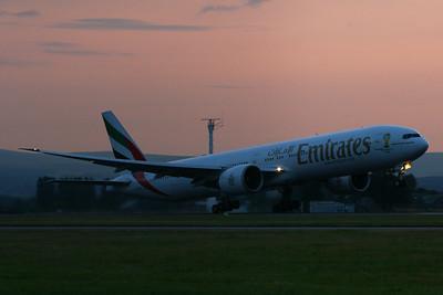 A6-EBE Emirates Airways Boeing 777-36N(ER) Glasgow Airport 23/07/2014