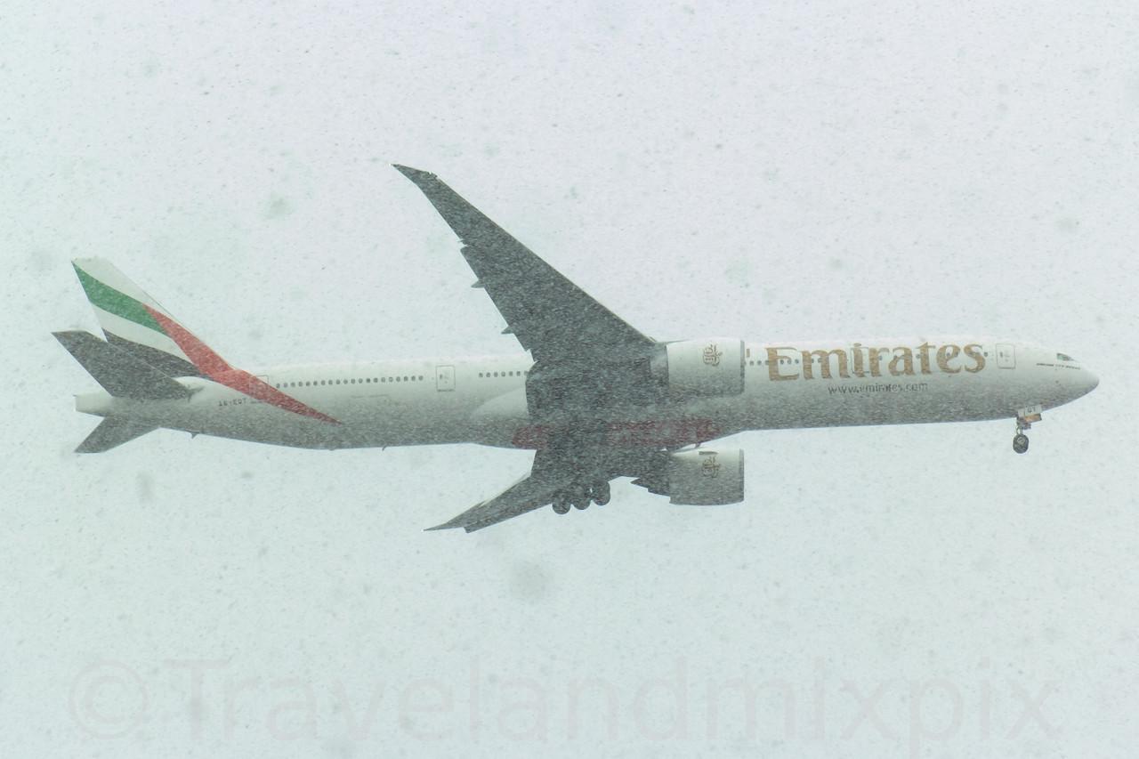 A6-EGT Emirates Airways Boeing 777-31H(ER) Glasgow Airport 07/02/2017