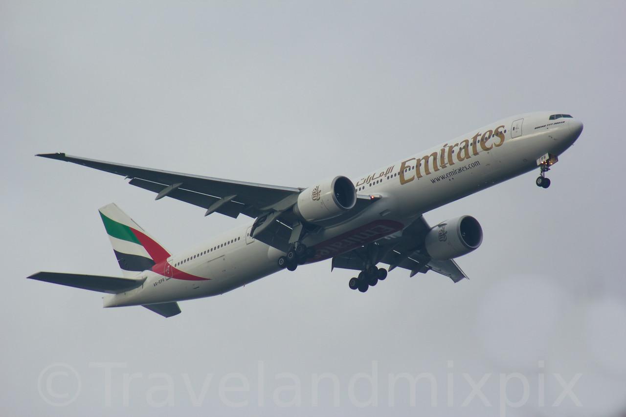 A6-EPR Emirates Airways Boeing 777-31H(ER) Glasgow Airport 08/02/2017