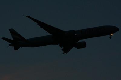 A6-EBJ Emirates Airways Boeing 777-36N(ER) Glasgow Airport 10/09/2014