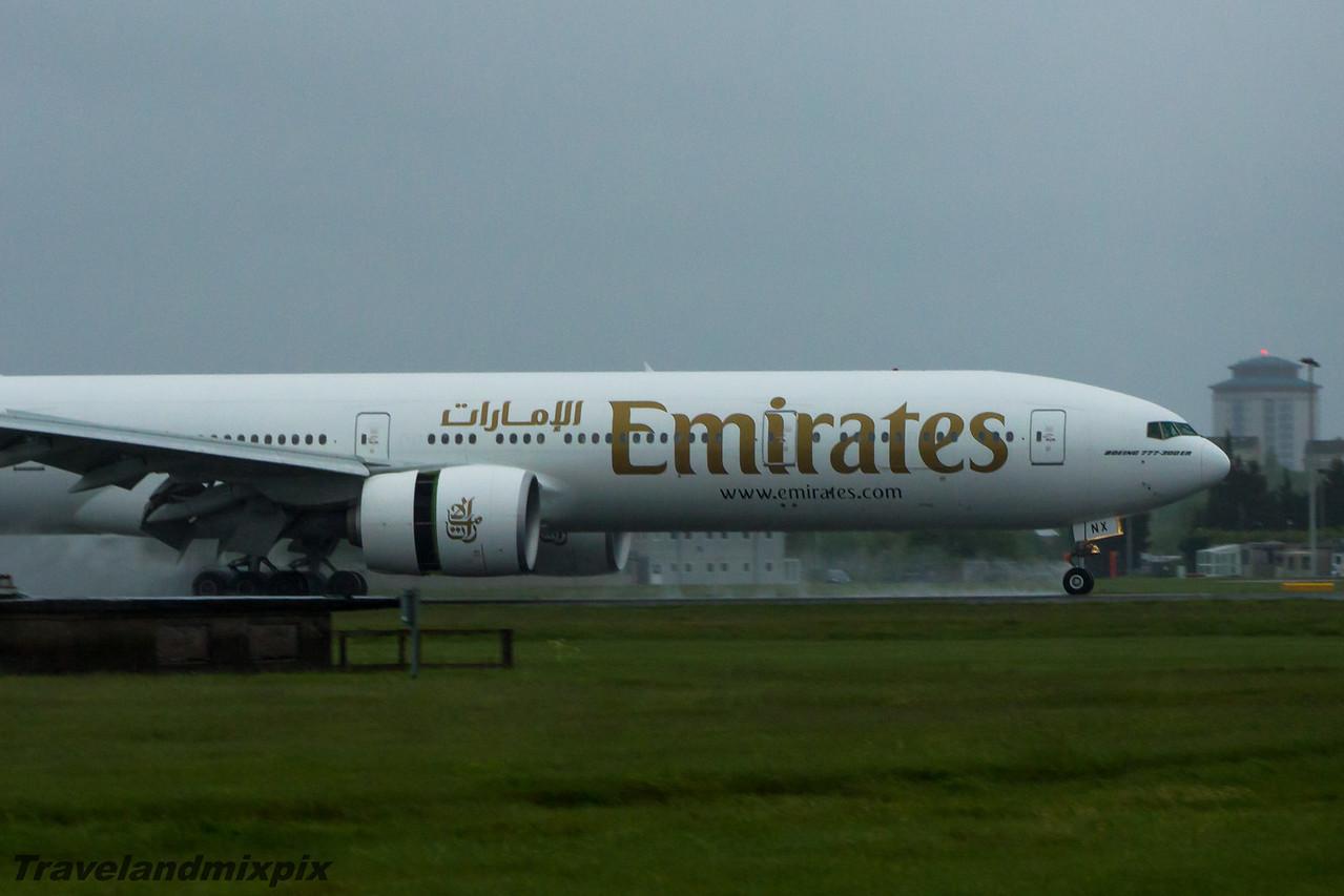 A6-ENX Emirates Airways Boeing 777-31H(ER) Glasgow Airport 27/05/2015