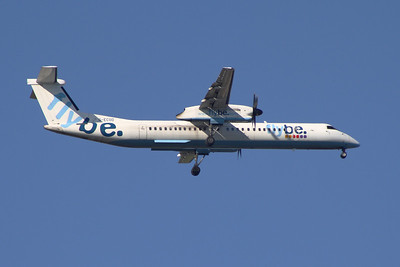 G-ECOD  Flybe de Havilland Canada DHC-8-402Q Dash 8 on approach to Glasgow Airport
