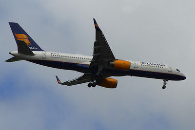 TF-FIZ Icelandair Boeing 757-256 Glasgow Airport 23/05/2014 Withdrawn October 2015