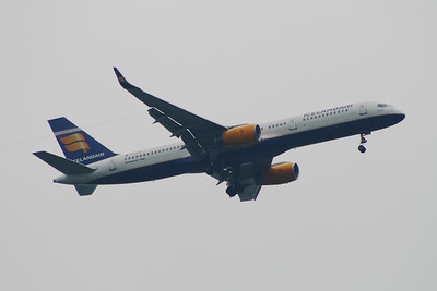 TF-FIY Icelandair Boeing 757-256 Glasgow Airport 20/05/2014 Withdrawn September 2015