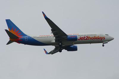 G-GDFW Jet2 Boeing 737-8K5 Glasgow Airport 15/06/2014