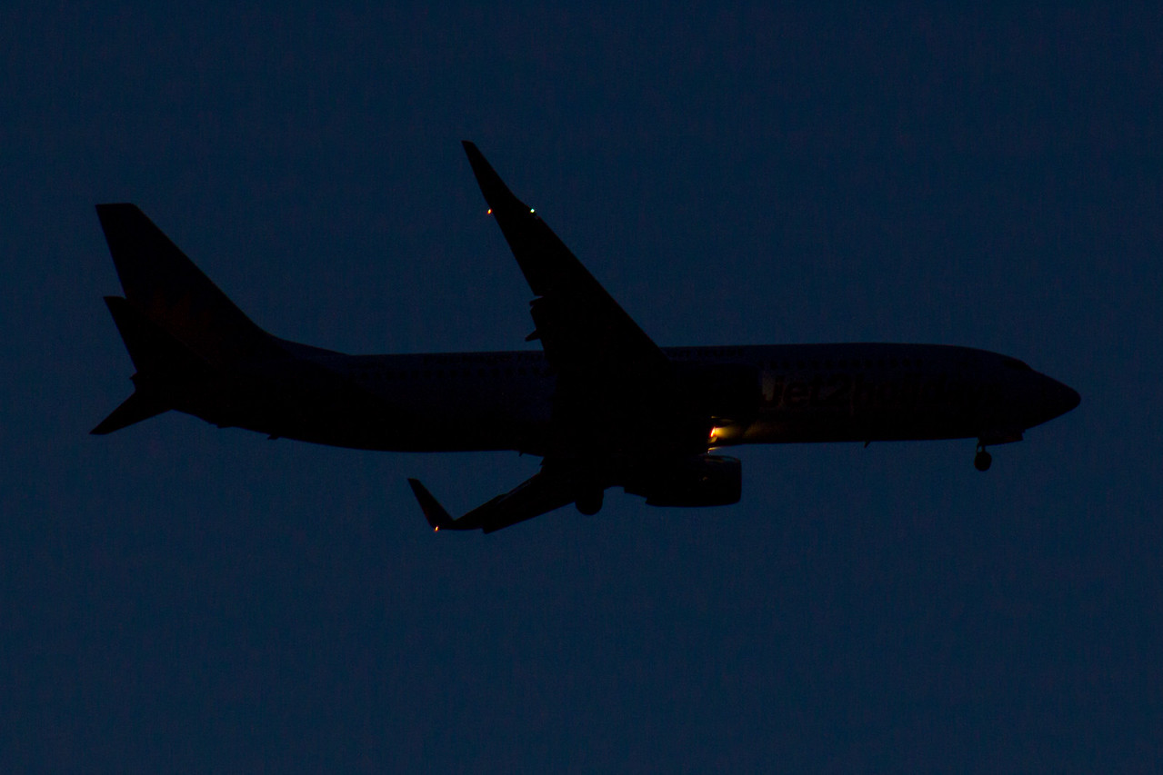G-GDFD Jet2 Boeing 737-8K5 Glasgow Airport 12/05/2016