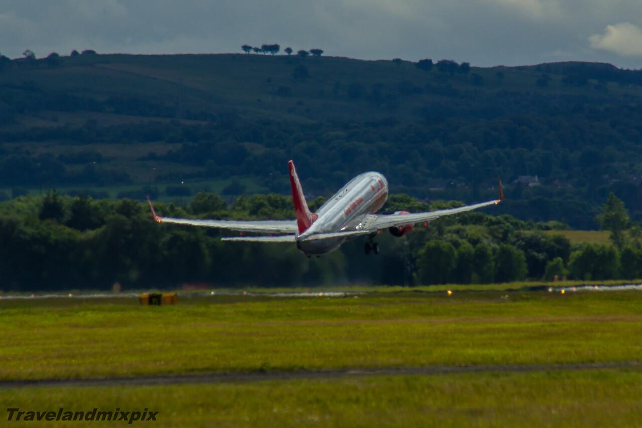 G-GDFS Jet2 Boeing 737-86N Glasgow Airport 05/07/2016