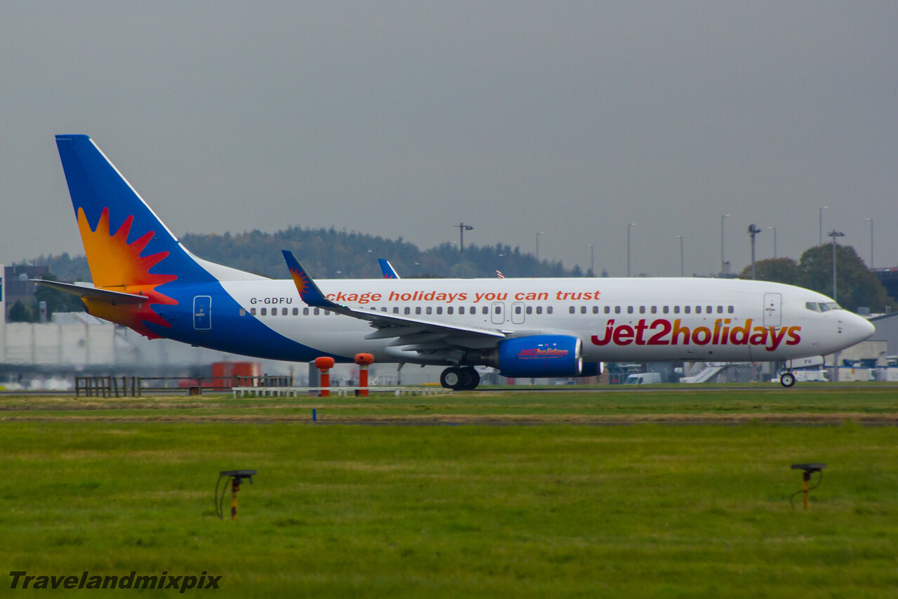 G-GDFU Jet2 Boeing 737-8K5 Glasgow Airport 17/10/2015