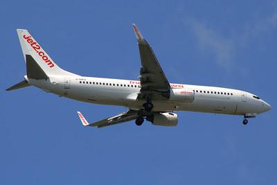 G-GDFS Jet2 Boeing 737-86N Glasgow Airport 01/07/2014
