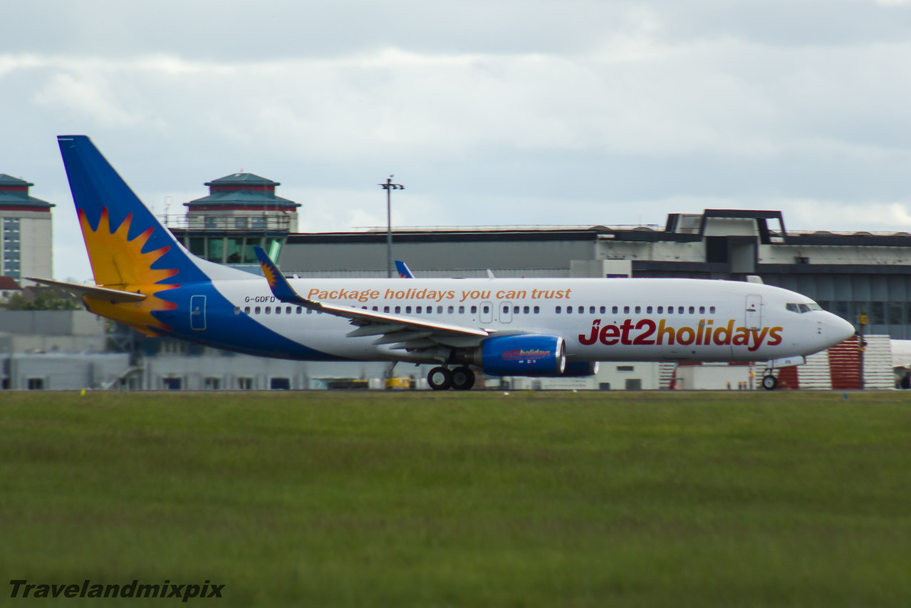 G-GDFD Jet2 Boeing 737-8K5 Glasgow Airport 22/05/2016