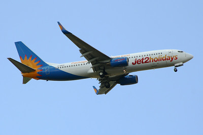 G-GDFD Jet2 Boeing 737-8K5 Glasgow Airport 01/07/2014