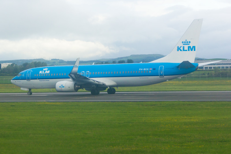 PH-BXH<br> KLM Royal Dutch Airlines<br> Boeing 737-8K2<br> Glasgow Airport<br> 21/06/2015<br>