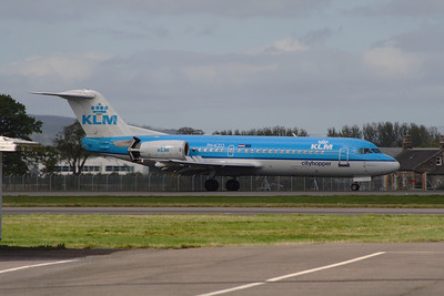 PH-KZO A KLM Cityhopper Fokker 70 (F-28-0070) landing at Glasgow Airport