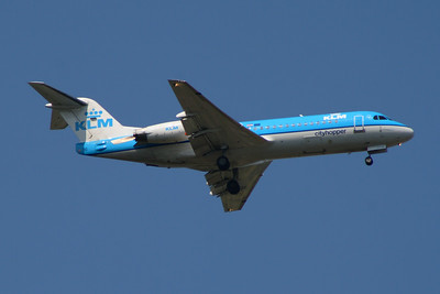 PH-KZO KLM Cityhopper Fokker 70 (F-28-0070) Glasgow Airport 23/07/2014