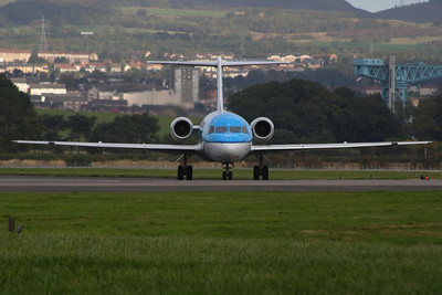 PH-KZO A KLM Cityhopper Fokker 70 (F-28-0070) taxiing after landing at Glasgow Airport