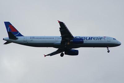 TC-OBV Onur Air Airbus A321-231 Glasgow Airport 27/06/2014