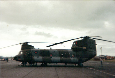ZA683 Boeing Vertol HC1 Chinook (CH-47C) Royal Air Force 7 Squadron Prestwick Airport 30/05/1987 Joined the RAF in 1983, converted to HC2 (CH-47D) standard in 1992 and HC4 standard after 2010. It is currentlyin service with 27 Squadron