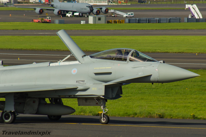 ZK352<br> Eurofighter Typhoon FGR.4<br> Royal Air Force<br> 29 Squadron<br> Prestwick Airport<br> 04/09/2016<br> <i>Eurofighter Typhoon of 29 Squadron taxiing for departure at Prestwick Airport. It is the display Typhoon for the RAF Typhoon Display Team, piloted by Flt Lt Mark Long, and the next stop for it was the Northern Ireland Airshow at Portrush.</i>