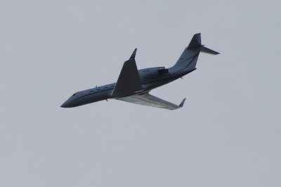 N77D A Gulfstream Aerospace G-IV Gulfstream IV-SP of Millrock Aviation Financial after take off from Glasgow Airport