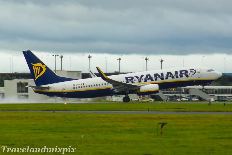 EI-EVG<br /> Ryanair<br /> Boeing 737-8AS<br /> Glasgow Airport<br /> 16/08/2017
