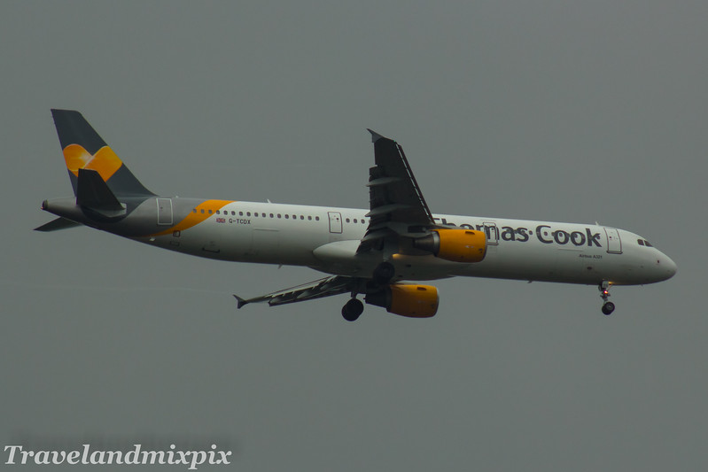 G-TCDX<br> Thomas Cook Airlines<br> Airbus A321-211<br> Glasgow Airport<br> 22/07/2017<br>