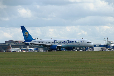 G-FCLI A Thomas Cook Airlines Boeing 757-28A landing at Glasgow Airport. It was withdrawn in January 2016.