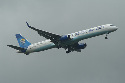 A Thomas Cook Airlines Boeing 757-3CQ (G-JMAA) on approach to Glasgow Airport