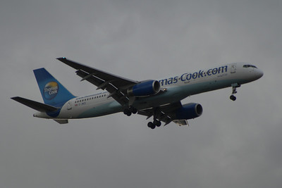 G-JMCE A Thomas Cook Airlines Boeing 757-25F on approach to Glasgow Airport. It was withdrawn in May 2015.