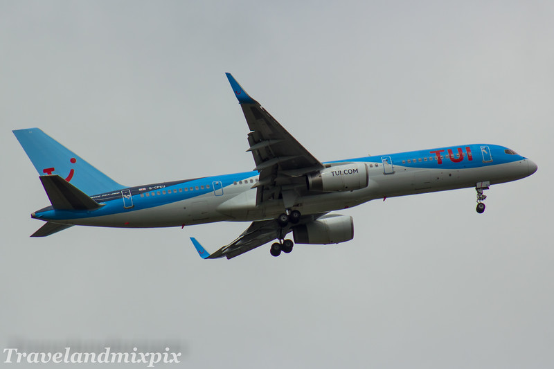 G-CPEU<br /> Thomson Airways<br /> Boeing 757-236<br /> Glasgow Airport<br /> 05/07/2017
