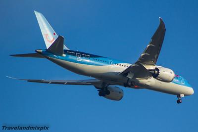 G-TUID Thomson Airways Boeing 787-8 Glasgow Airport 14/09/2015