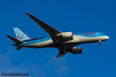 G-TUIE Thomson Airways Boeing 787-8 Glasgow Airport 24/08/2015