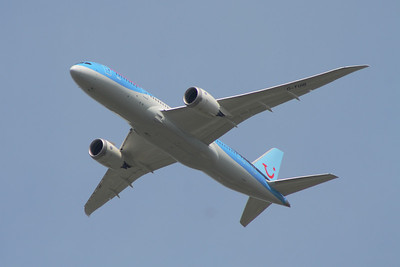 Boeing 787-8 Dreamliner (G-TUIB) after takeoff  from Glasgow Airport