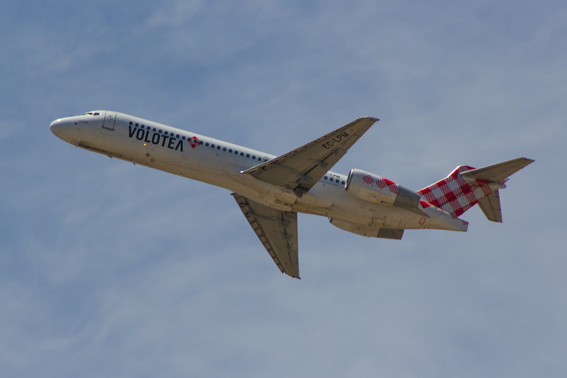 EC-LPM<br> Volotea<br> Boeing 717-2BL<br> Malaga Airport<br> 24/06/2015<br> <i>Withdrawn from use October 2016</i>