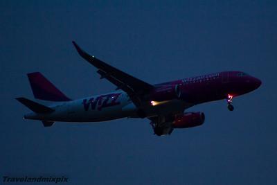 HA-LYM Wizz Air Airbus A320-232 Glasgow Airport 12/06/2015