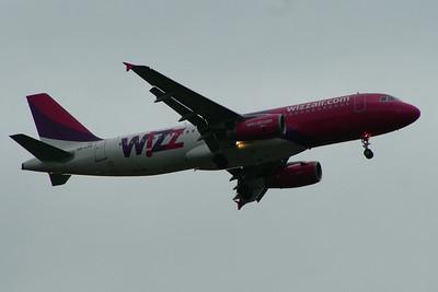 HA-LPD Wizz AIr Airbus A320-232 Glasgow Airport 23/05/2014