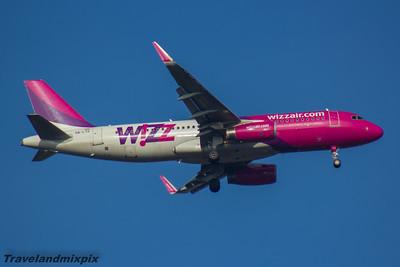 HA-LYG Wizz Air Airbus A320-232 Glasgow Airport 27/02/2016