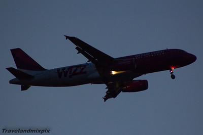 HA-LWA Wizz Air Airbus A320-232 Glasgow Airport 14/04/2015