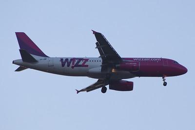 HA-LWF Wizz Air Airbus A320-232 Glasgow Airport 21/04/2014