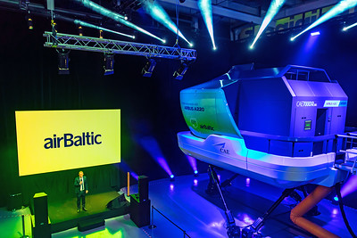 Air Baltic A220 Simulator 12-3-19 1