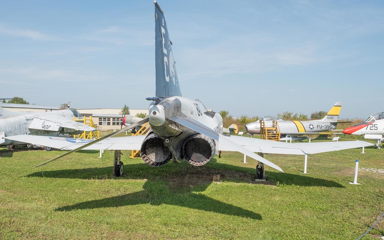 McDonnell-Douglas F-4H Phantom II