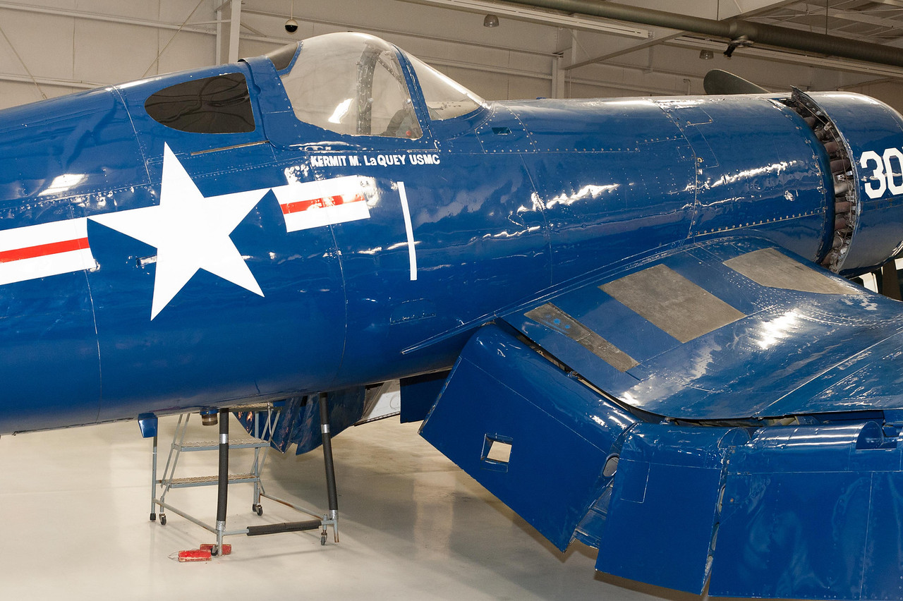 Chance Vought F4U/FG-1 Corsair
