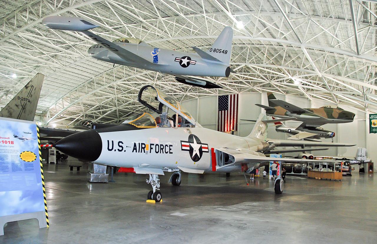 """Lockheed T-33A, 58-0548, """"T-Bird"""" & F-101B """"Voodoo"""""""