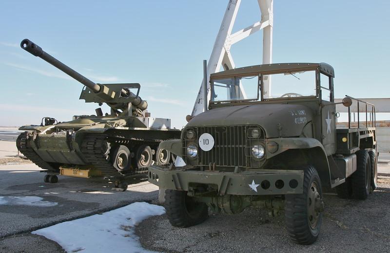 T101 & 2.5 ton truck