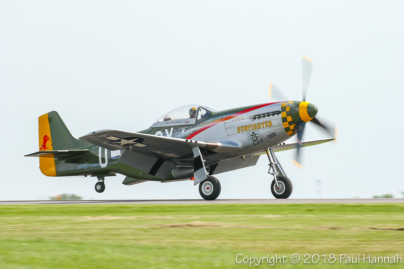 "CAF 1944 NAA P-51D Mustang ""Gunfighter""  (SN 44-73264) N5428V"